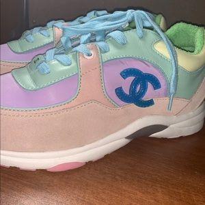 Women Chanel Sneakers